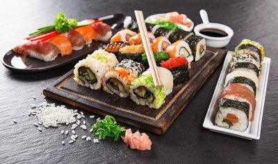 Fototapete Japanese seafood sushi set