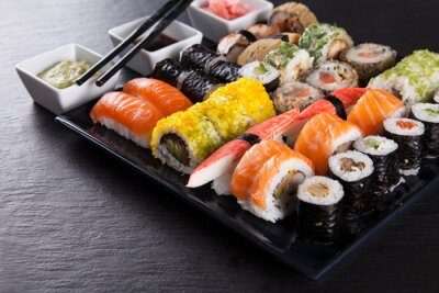 Fototapete Japanese Seafood Sushi-Set