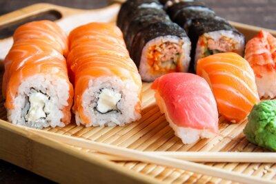 Fototapete Japanische Sushi-Set