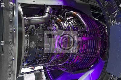 Jet-motor, interne struktur mit hydraulischen, kraftstoffleitungen ...