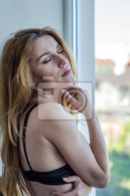 Mädchen junge schöne nackte Junge schöne