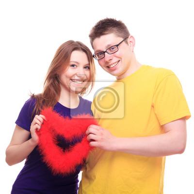 Junge und Mädchen in der Liebe mit Herz