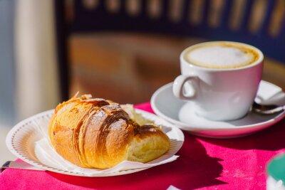 Fototapete Kaffee mit Croissant