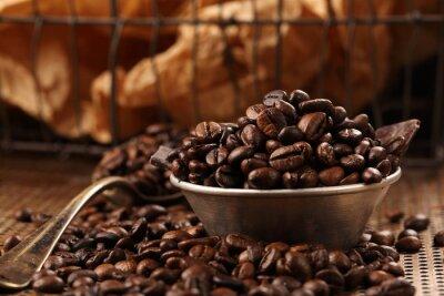 Fototapete Kaffeebohnen und dunkle Schokolade in der Schüssel im Weinleseart
