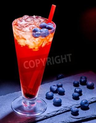 Cocktail Karte.Fototapete Kalte Rote Heidelbeere Drink Mit Viel Blaue Beere Cocktail Karte