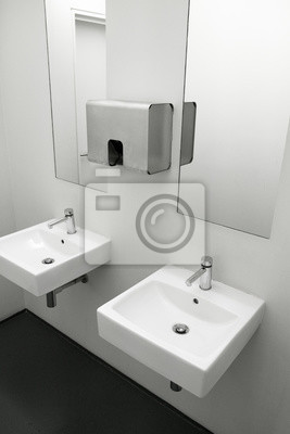 Fototapete: Keramik-spüle mit edelstahl-zubehör im modernen waschraum, zwei