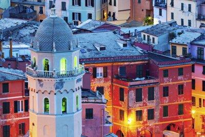 Fototapete Kirche von Santa Margherita d'Antiochia in Vernazza