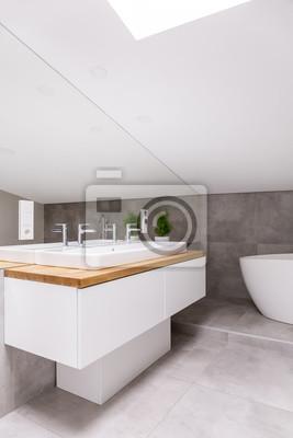 Fototapete Klassisches Badezimmer Im Dachgeschoss