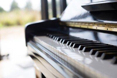 Fototapete Klavier ist ein Musikinstrument es eine Tastatur und beliebt bei Kindern.