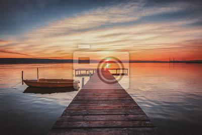 Gentil Fototapete Kleines Dock Und Boot Am See. Hdr Lsndscape Ansicht.