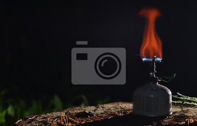Kochen Auf Gasherd In Der Nacht Fototapete Fototapeten Brei
