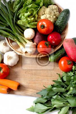 Fototapete Korb mit Gemüse-und Grüntöne