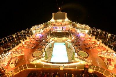 Fototapete Kreuzfahrtschiff Oberdeck bei Nacht