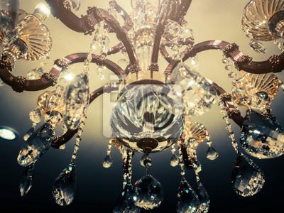 Kronleuchter Gold Kristall ~ Kristall kronleuchter nahaufnahme zauberhintergrund mit