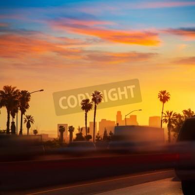 Fototapete LA Los Angeles Sonnenuntergang Skyline mit Verkehr Kalifornien von Autobahn