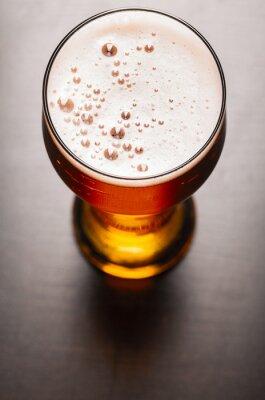 Fototapete Lager-Bier auf dem Tisch