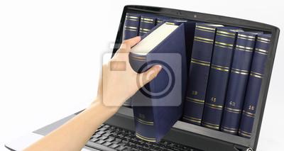 Laptop-Computer mit Bücher, isoliert auf weiss