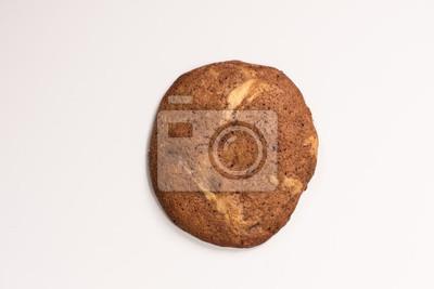 Fototapete lecker selbstgemachte Kekse Kekse im amerikanischen Stil mit Schokolade vor weißem Hintergrund