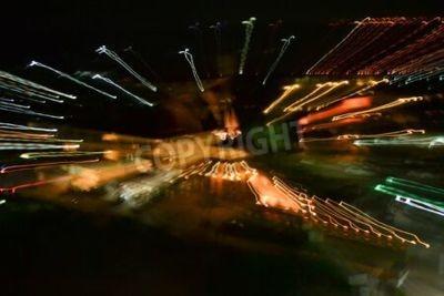 Leichte Neon abstrakte Malerei Fotografie - Lichterketten in Wirbel und Wellen Muster, Wellen und Schleifen, gestreifte Linien in Bewegung - abstraktes Konzept, Fotoeffekt - lange Belichtung