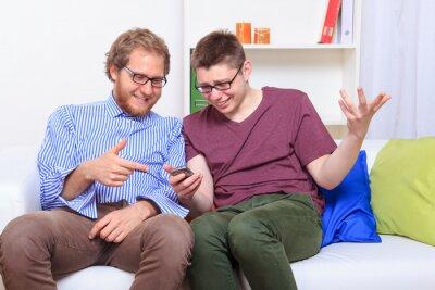Lesen von Textnachrichten anderer Leute