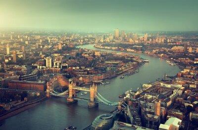 Fototapete London Luftbild mit Tower Bridge im Sonnenuntergang