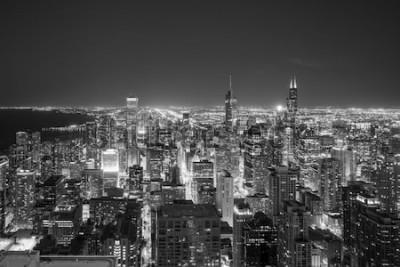 Fototapete Luftaufnahme der im Stadtzentrum gelegenen Skyline Chicagos bei Sonnenuntergang vom Hoch oben.