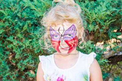 Madchen Mit Schmetterling Gesicht Malerei Fototapete Fototapeten