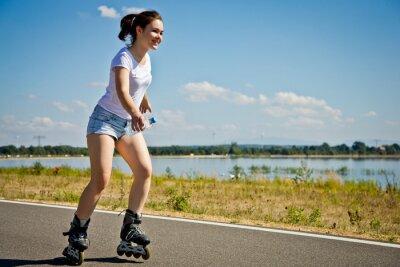 Fototapete Mädchen rollerblading