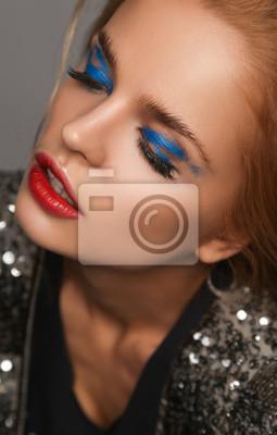 Make Up Und Schönheit Thema Schöne Mädchen Mit Roten Lippen