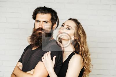 Mann Mit Bart Und Frau Mit Langen Blonden Haaren Fototapete