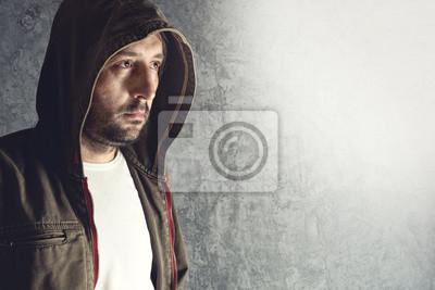 Fototapete Mann mit Jacke mit Kapuze