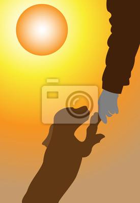 Menschen in der Natur bei Sonnenuntergang.