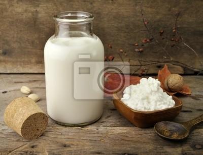 Milch und Hüttenkäse