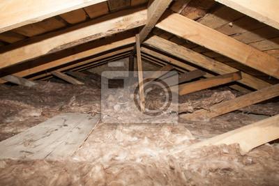Mineralwolle Auf Dem Dachboden Des Hauses Schaumstoff Isolierung