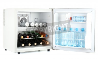 Kühlschrank Getränke : Mini kühlschrank voller flaschen alkoholische getränke und wasser