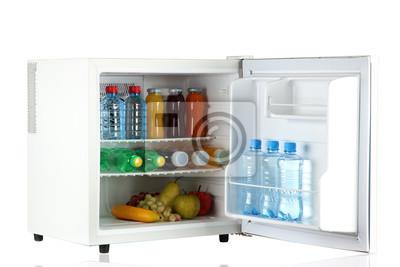 Mini Kühlschrank Für Flaschen : Mini kühlschrank voller flaschen saft limo und obst isoliert