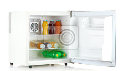 Mini Kühlschrank Für Flaschen : Mini kühlschrank voller flaschen saft limonade und obst isoliert