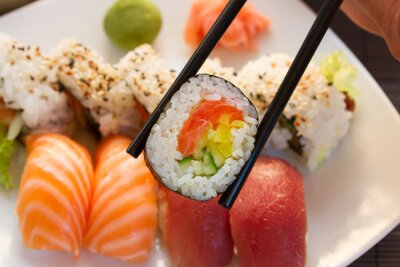 Fototapete Mittagessen mit Sushi Teller