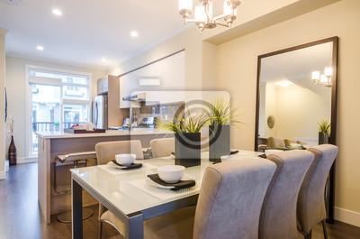 Fototapete Moderne Helle Esszimmer Mit Küche In Einer Luxus Wohnung.  Innenarchitektur.