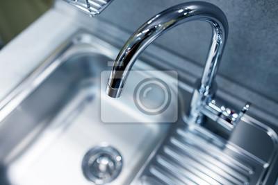 Moderne Wasserhahn Und Waschbecken Auf Neue Kuche Fototapete