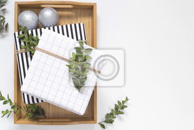 Moderne Weihnachtsdekoration moderne weihnachtsdekoration. schwarz, weiß und grün