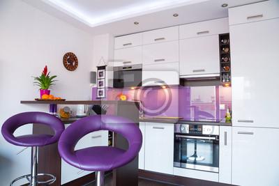 Moderne wohnzimmer interieur mit weißen und lila küche fototapete ...