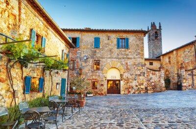 Fototapete Monteriggioni alten historischen Stadtplatz, Italien.