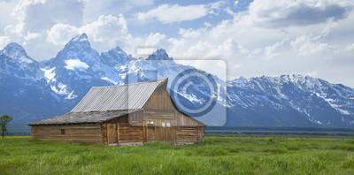 Moulton Scheune unterhalb des Grand Teton Berge in Wyoming