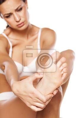 Junge Mude Bodybuilder mit großen Schwänzen