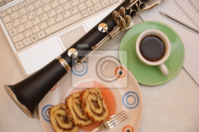 Musik Klarinette Kuchen Dessert Kaffee Notebook Arbeit Buro
