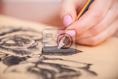 Fototapete Nahaufnahme der Zeichnung am Schreibtisch