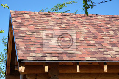 Fototapete New Suburban Haus Aus Glatten Stämmen Und Weichen Bunten  Dachziegel In Sonnigen Sommertag Seitenansicht Großansicht