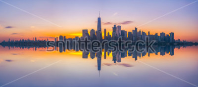 Fototapete New York City Skyline Reflections bei Sonnenaufgang