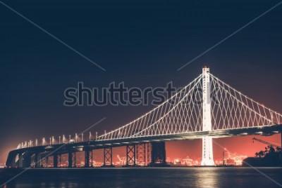 Fototapete Oakland Bay Bridge in der Nacht. San Francisco - Oakland, Kalifornien, USA.